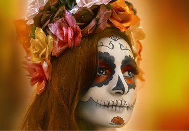 A Step-by-Step Guide to Totally Doable Glam Skeleton Halloween Makeup