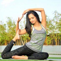 झुकें, सांस लें और स्वस्थ रहें - 5 योगासन जो मजबूत करते हैं